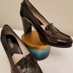 Michael Kors patent leather size 6 heels